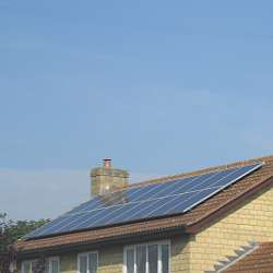 guide to getting free solar panels